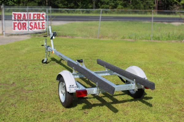 G2 • EZ Loader 58BS 14 800 Jon Boat • Sturdy galvanized trailer