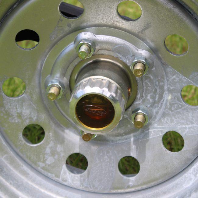 5 Lug Oil Bath Hubs