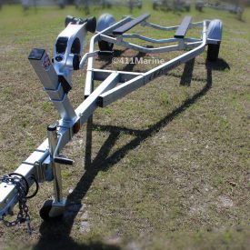 102BT 19-22 foot galvanized powder coated frame gives this boat trailer